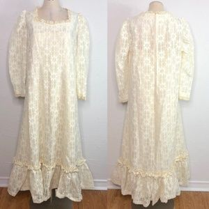 Vintage 70s boho white lace dress large handmade